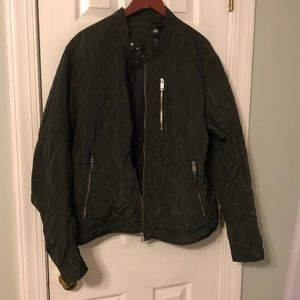 NWT! H&M Hunter Green Puffer Moto Jacket